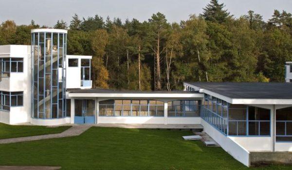 Fietstocht Moderne bouwkunst